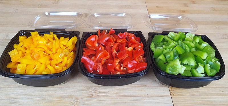 Paprika blokjes groen, geel, rood